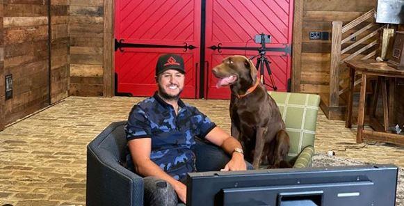 Luke Bryan and his dog Instagram
