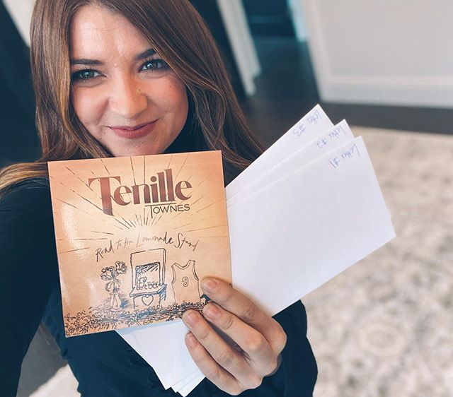 """Tenille Townes' """"The Lemonade Stand"""""""