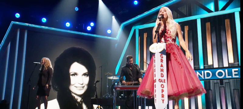 Carrie Underwood/YouTube