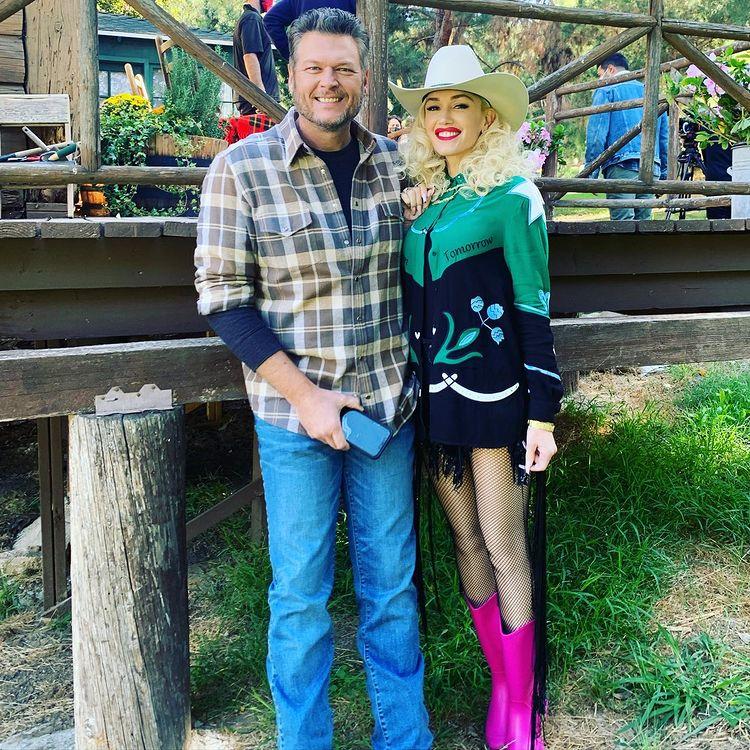 Gwen Stefani and Blake Shelton/Instagram